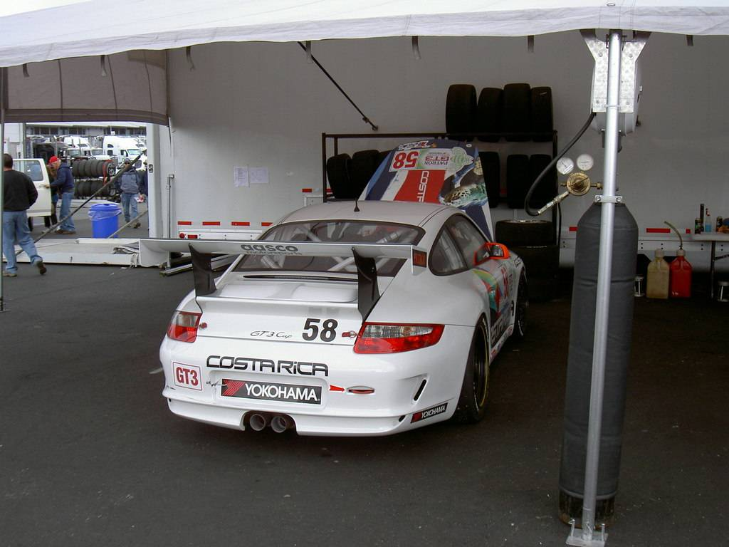 Here are some 997 GT3 Cup car